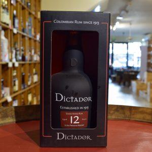 Dictador 12 ans